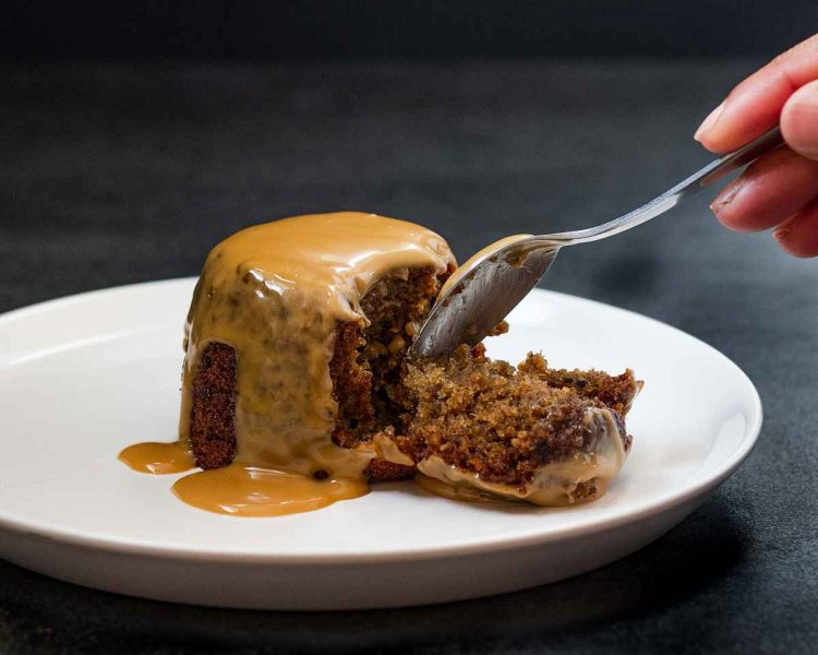 easy sticky toffee pudding recipe
